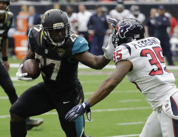 os-sp-ap-leonard-fournette-defense-lead-jaguars-over-texans-20170910