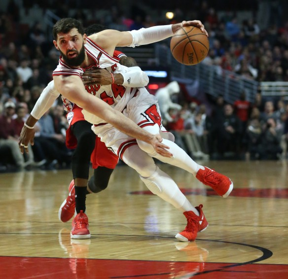 ct-spt-0704-bulls-nikola-mirotic-negotiating-20170703