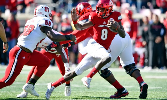 USP NCAA FOOTBALL: NORTH CAROLINA STATE AT LOUISVI S FBC USA KY